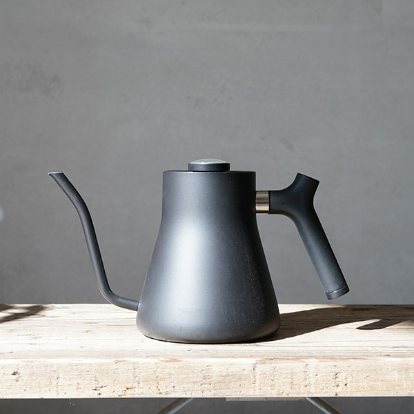 Fellow Stagg Pour-Over Kettle<bR>カラー:マットブラック<bR>温度計付き プアオーバー ドリップ ケトル コーヒー ポット 送料無料 プレゼント