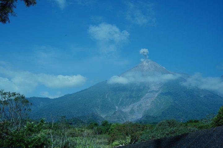 フエボ火山