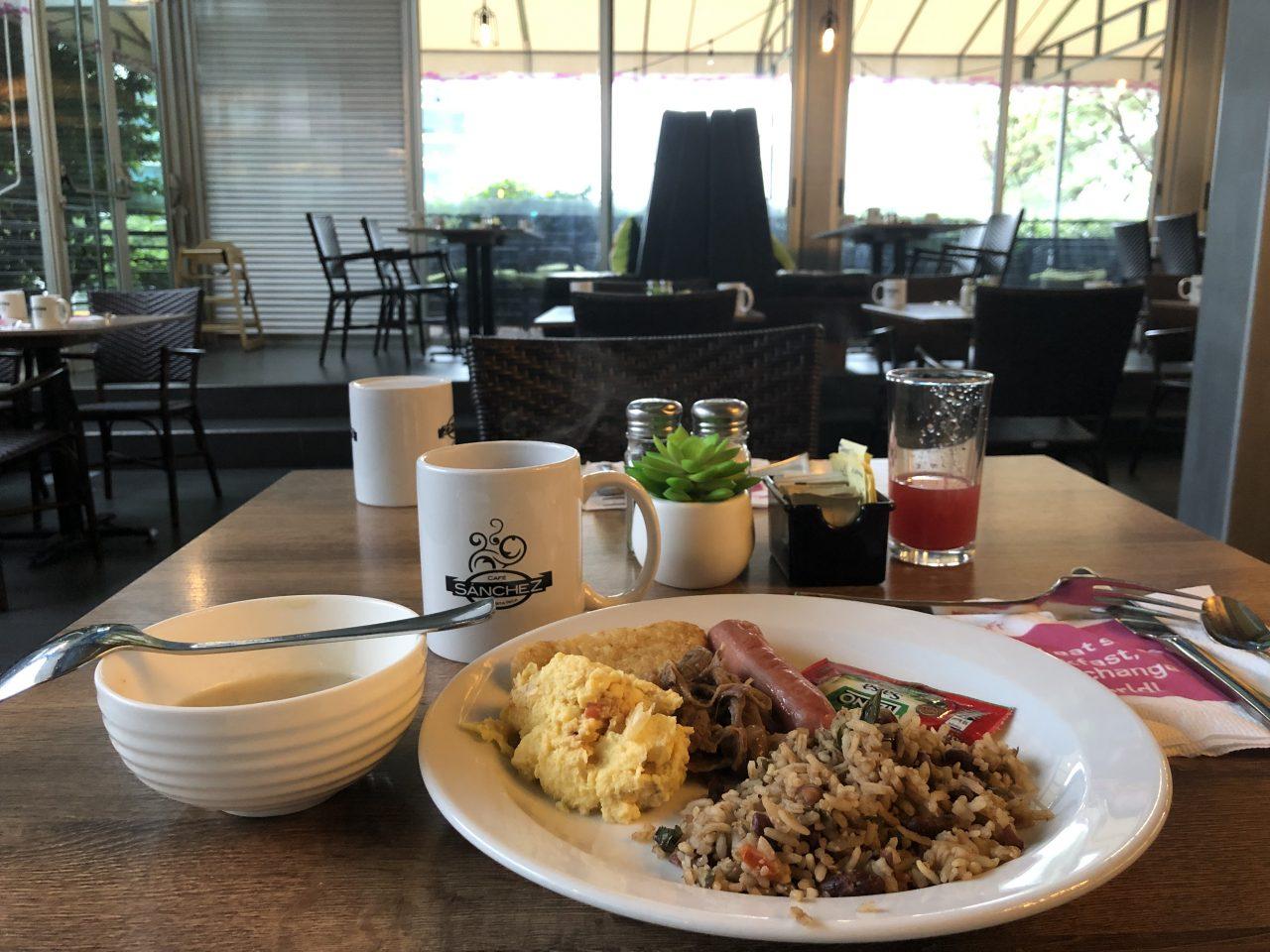 コスタリカ 朝食
